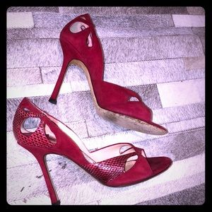 Super cute JIMMY CHOO RED python suede pump 8.5